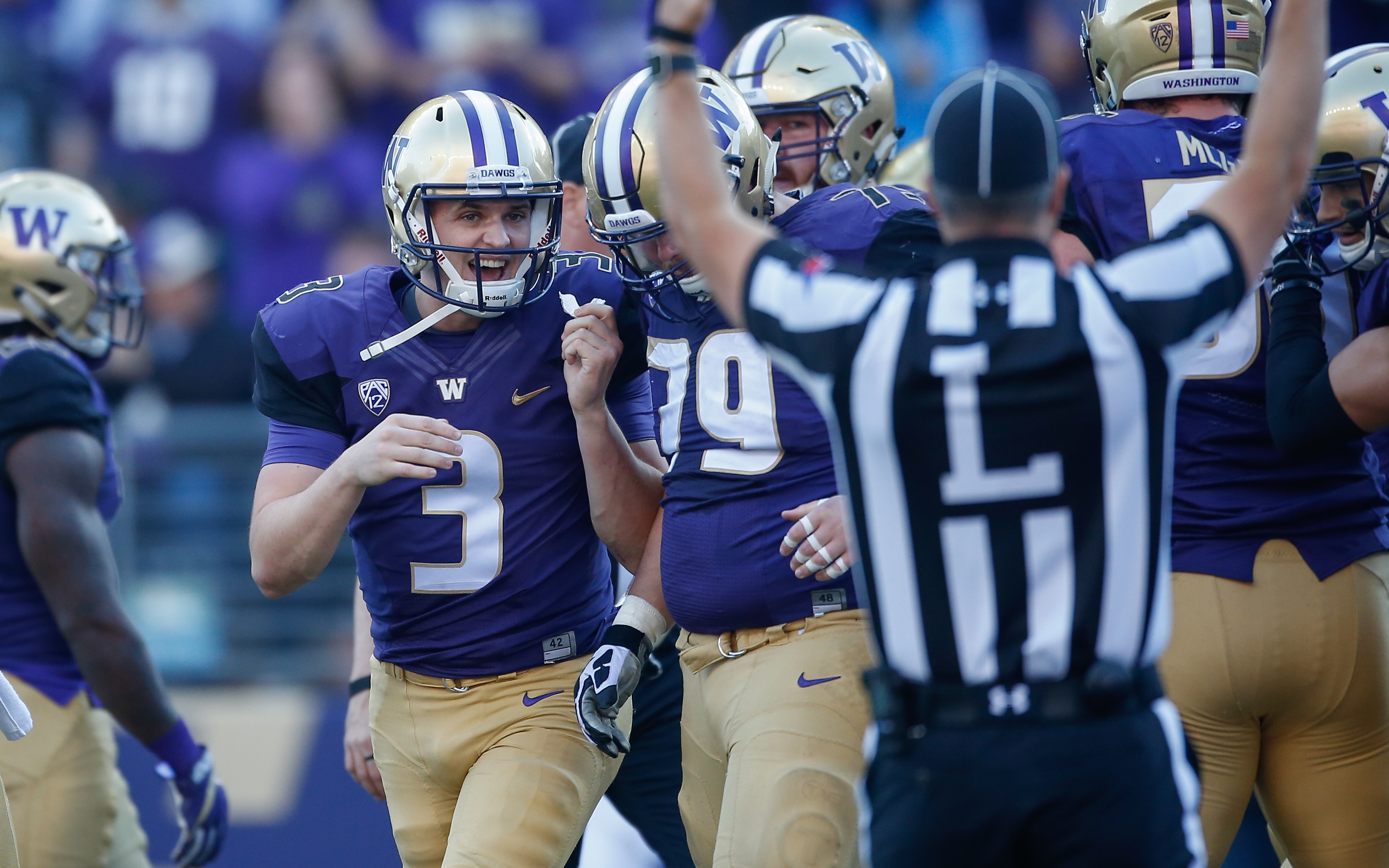 washington football huskies were snubbed from cfb playoff
